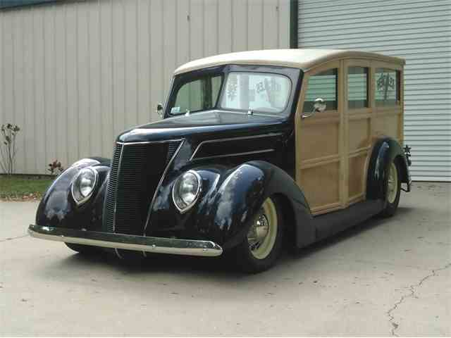 1937 Ford Custom Woody Station Wagon | 1041652
