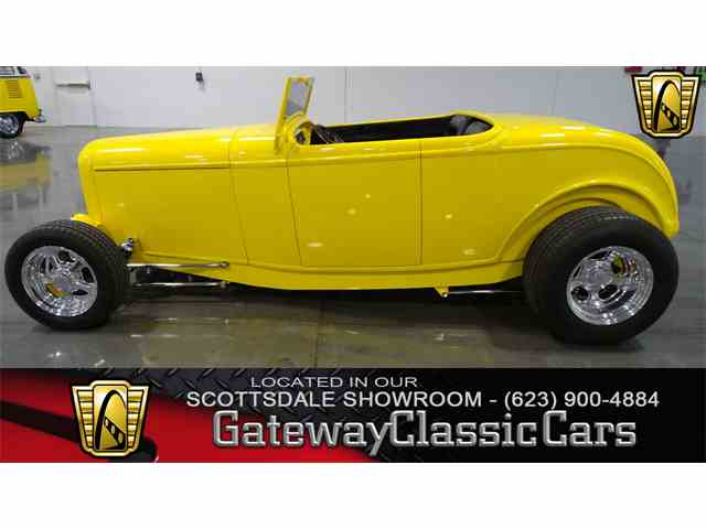 1932 Ford Roadster | 1041674