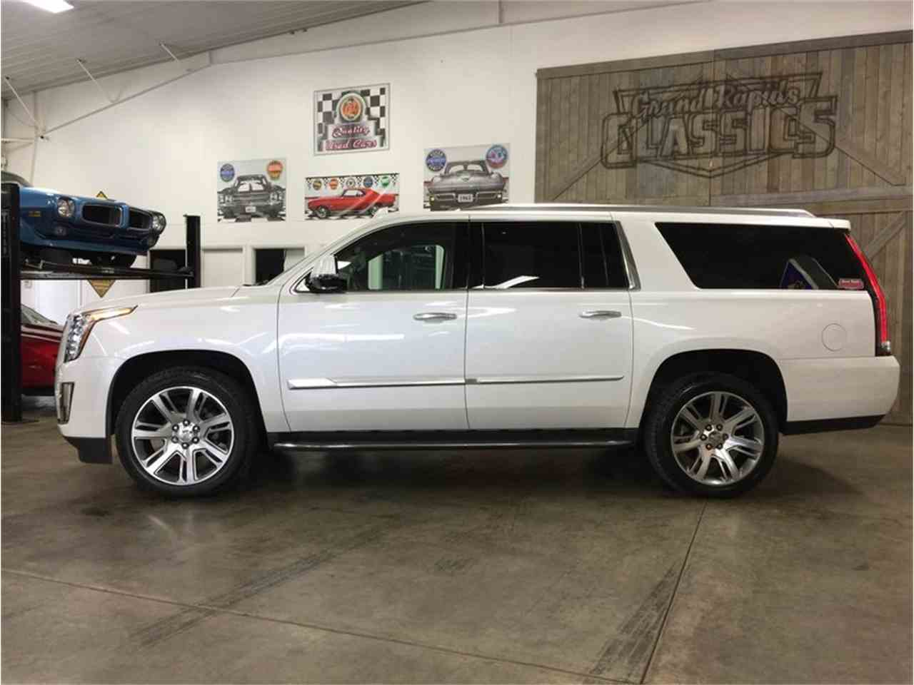 Large Picture of '16 Escalade - MBUZ
