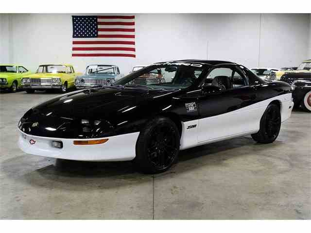 Picture of 1993 Chevrolet Camaro Z28 - $15,900.00 Offered by GR Auto Gallery - MBZW