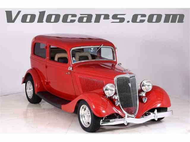 1934 Ford Custom | 1042062