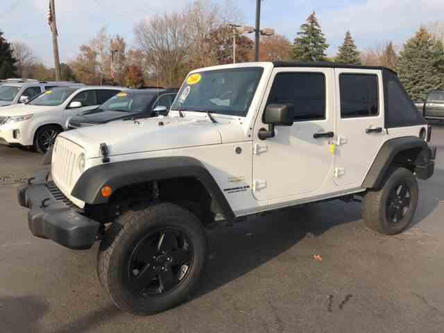 2014 Jeep Wrangler   1042107