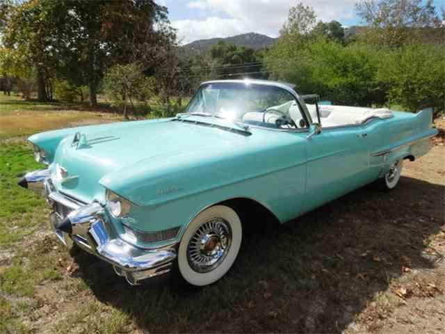 1957 Cadillac Series 62 | 1042145