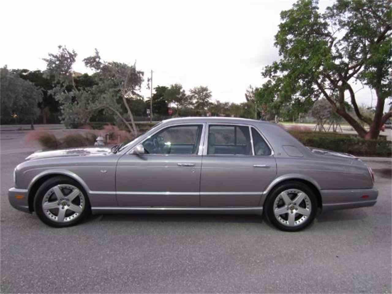 2004 Bentley Arnage - CC-1042277