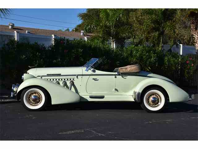 1935 Auburn Boattail | 1042327