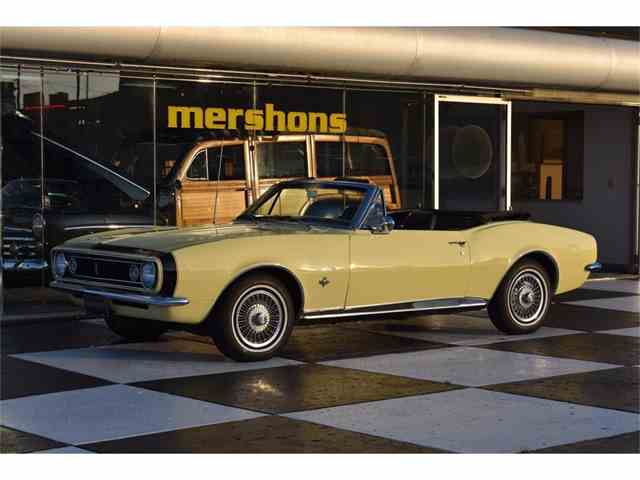 1967 Chevrolet Camaro | 1042372