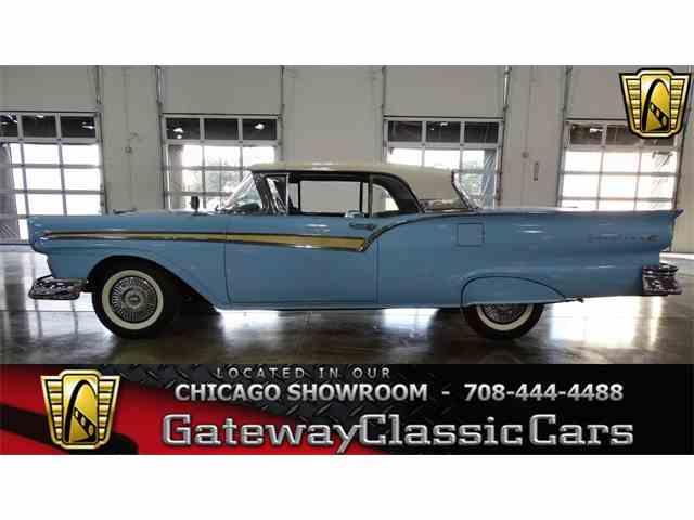 1957 Ford Fairlane | 1042552