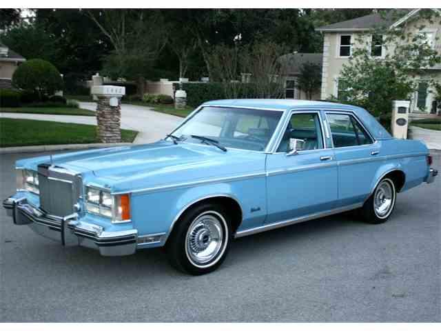 1977 Lincoln Custom | 1042740