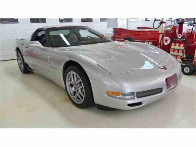 2004 Chevrolet Corvette | 1042854