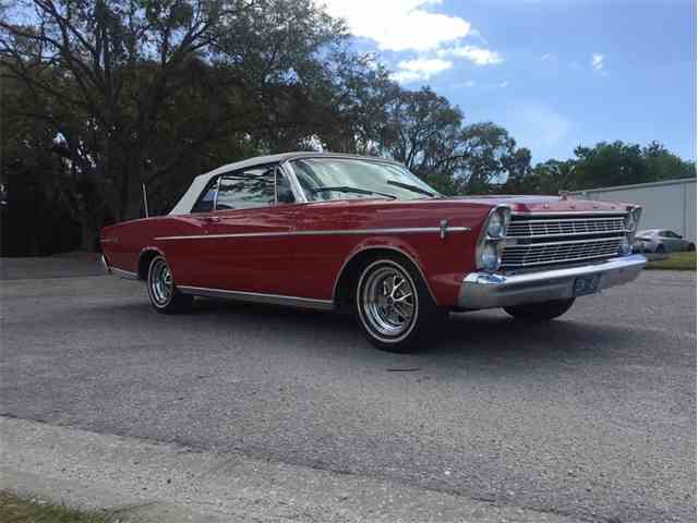 1966 Ford Galaxie 500 | 1043037