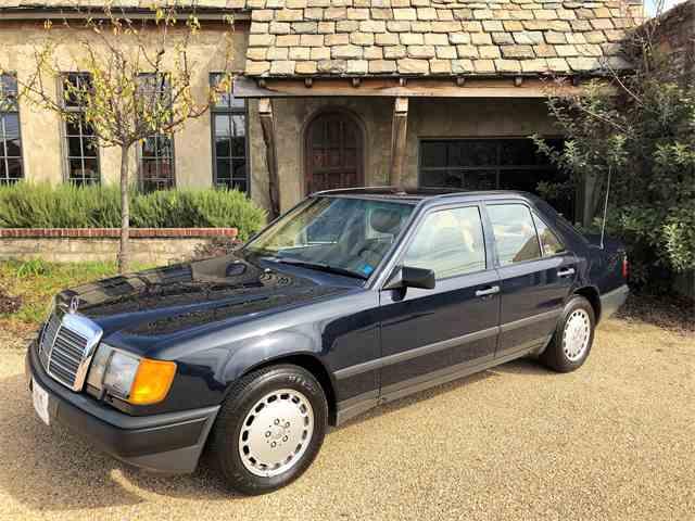 1987 Mercedes-Benz 300D | 1043177