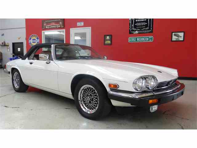 Picture of '90 XJS located in IOWA - $13,900.00 - MCXX