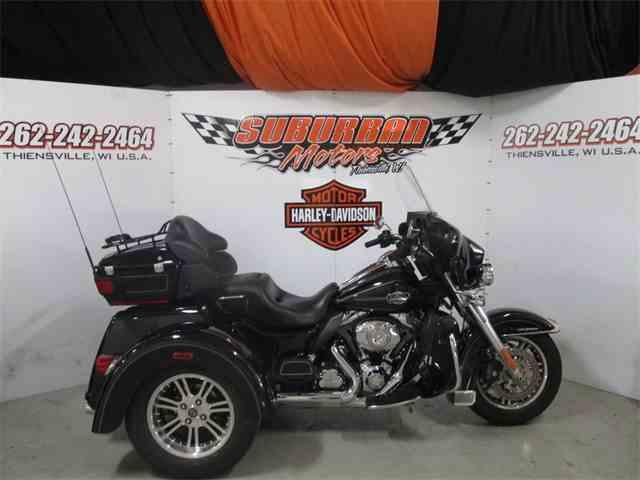 2013 Harley-Davidson® FLHTCUTG - Tri Glide® Ultra Classic®   1043287