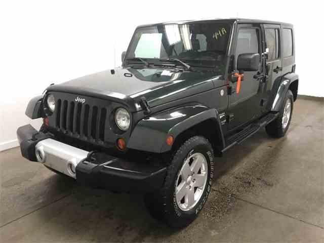 2010 Jeep Wrangler   1043290