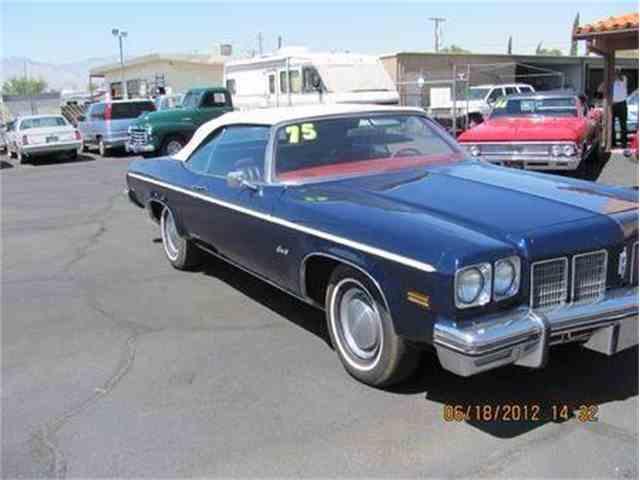 Picture of 1975 Oldsmobile Delta 88 located in Arizona Offered by Suburban Motors - MD1X