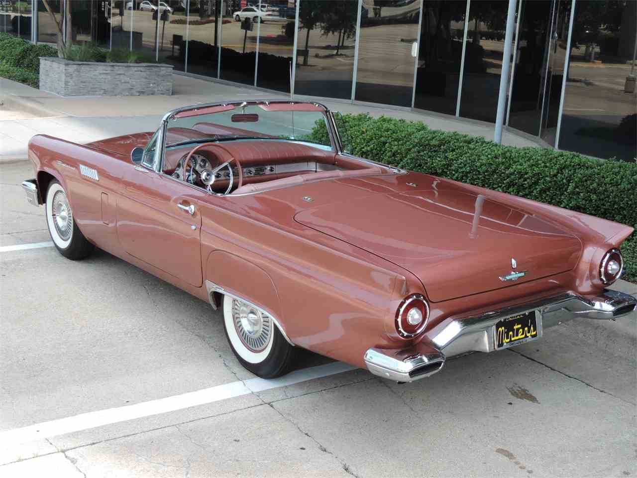 Large Picture of '57 Thunderbird - MD3L
