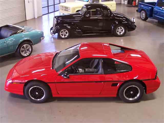 1988 Pontiac Fiero | 1043443