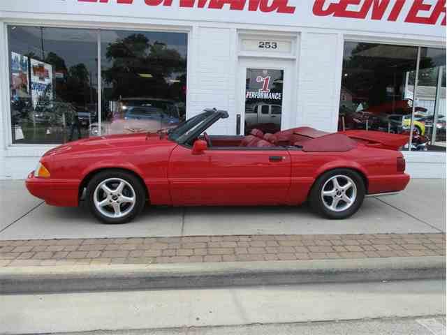 1988 Ford Mustang | 1043453