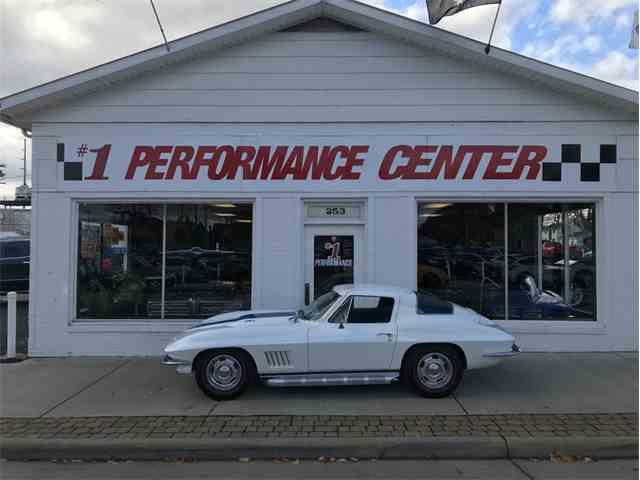 Picture of '67 Corvette - MD5A