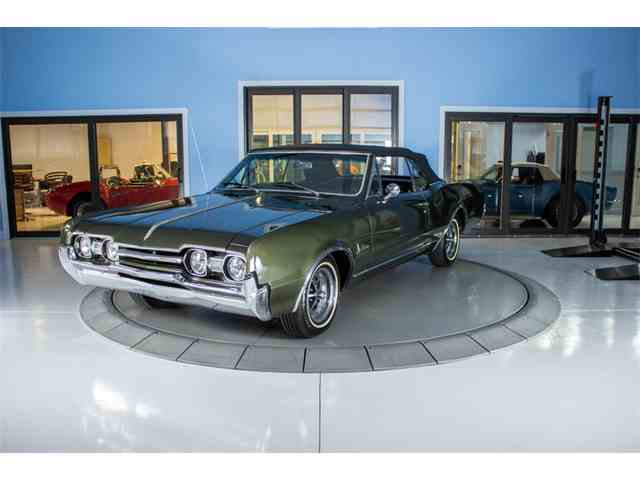 1967 Oldsmobile Cutlass F/85 Deluxe | 1043497