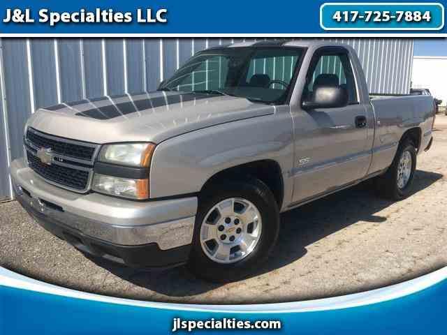 2006 Chevrolet Silverado | 1043735