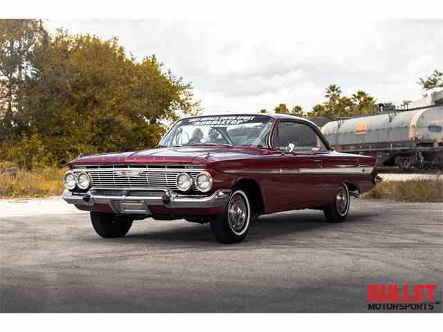 1961 Chevrolet Impala SS | 1043761