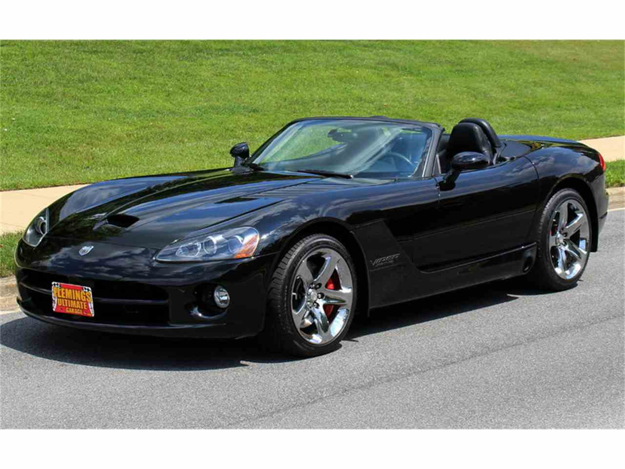 2004 dodge viper for sale cc 1043786. Black Bedroom Furniture Sets. Home Design Ideas