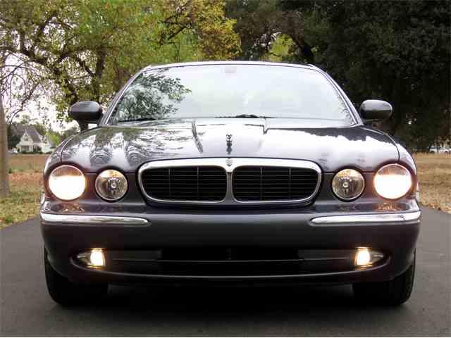 2004 Jaguar XJ8 | 1040380