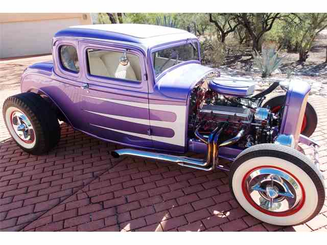 1932 Ford 5-Window Coupe | 1040381