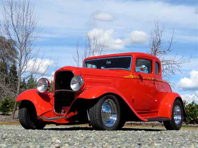 1932 Ford 5-Window Coupe | 1040386
