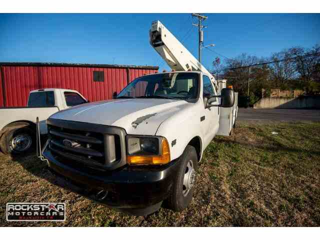 2002 Ford F350 | 1043924