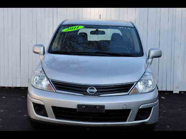 2011 Nissan Versa | 1044041