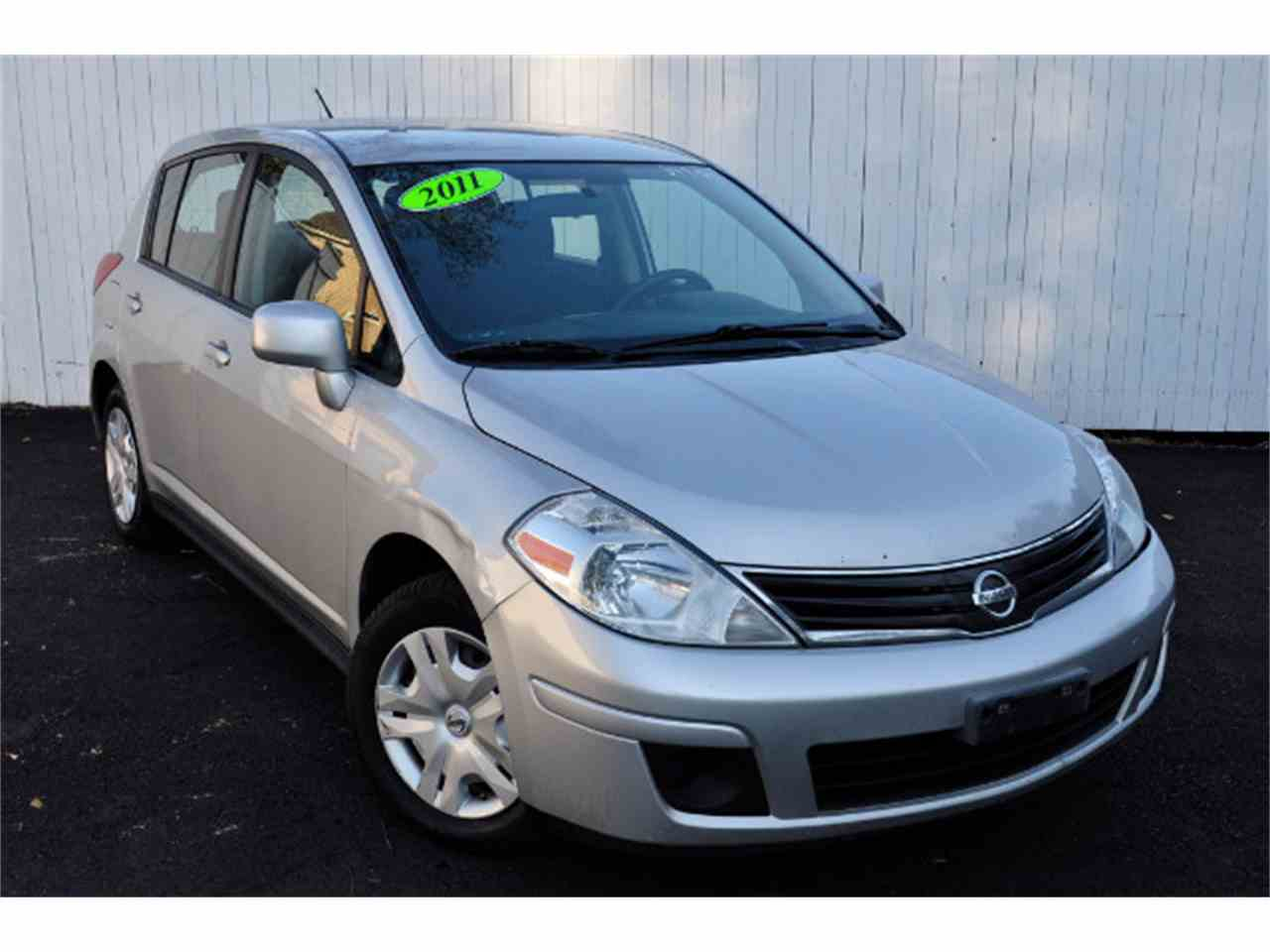 Large Picture of '11 Versa - MDL5