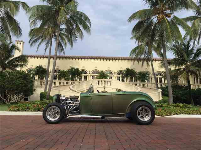 1932 Ford Roadster | 1044104