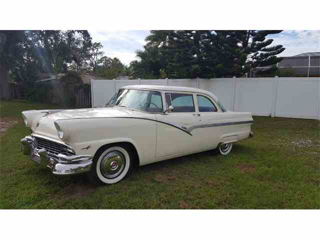 1956 Ford Fairlane | 1044240