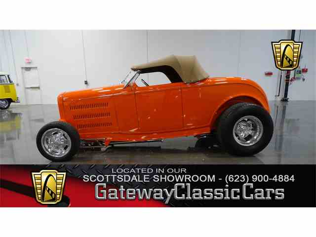 1932 Ford Roadster | 1040438