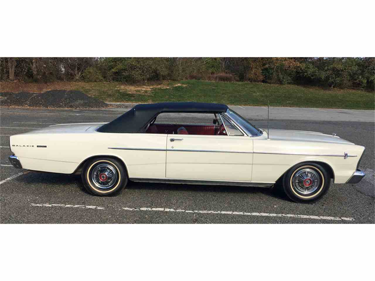 Large Picture of Classic '66 Ford Galaxie 500 - MDYB
