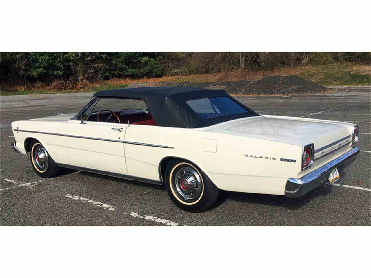 Large Picture of '66 Ford Galaxie 500 located in West Chester Pennsylvania - $21,500.00 Offered by Connors Motorcar Company - MDYB