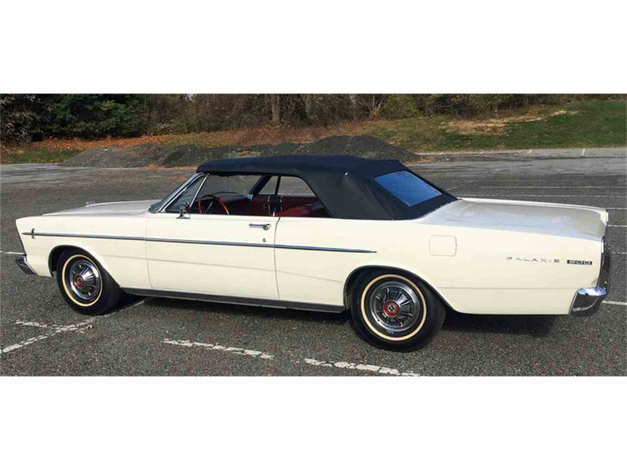 Large Picture of Classic '66 Galaxie 500 located in Pennsylvania Offered by Connors Motorcar Company - MDYB