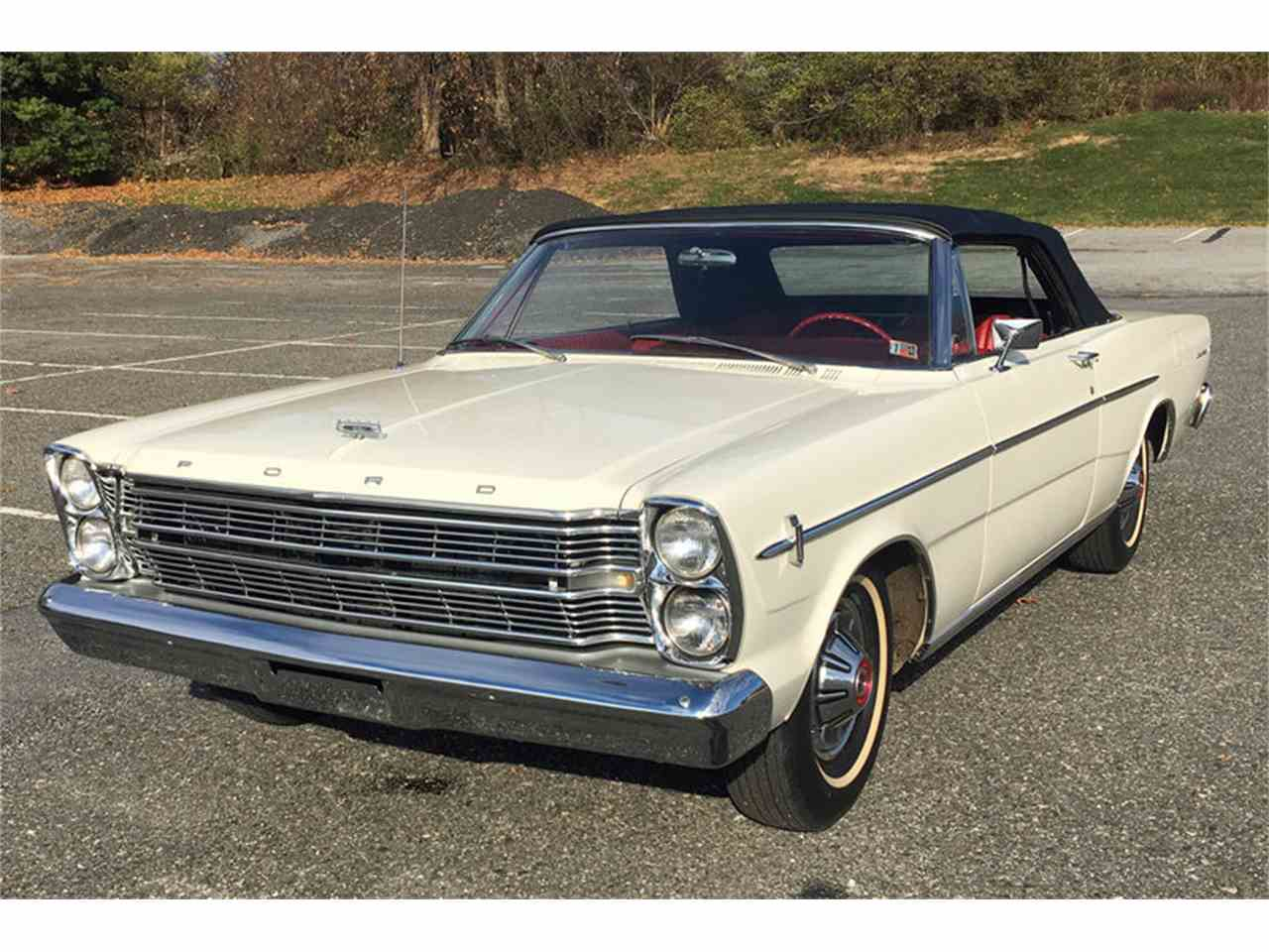 Large Picture of Classic 1966 Ford Galaxie 500 - MDYB