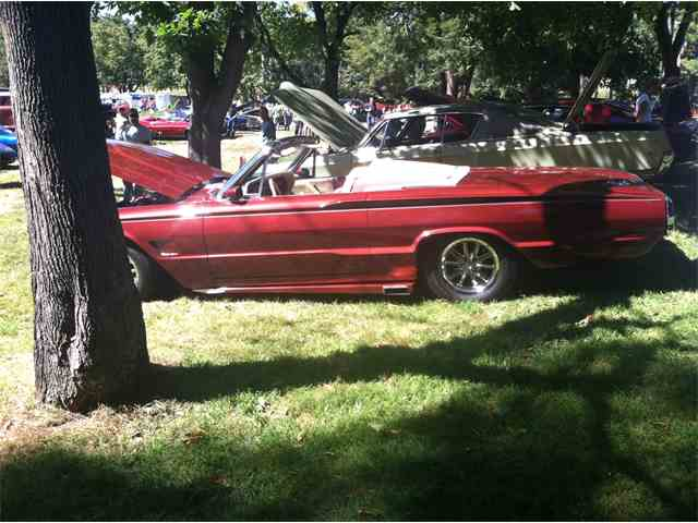 1966 Ford Thunderbird | 1044685