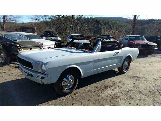 1965 Ford Mustang | 1044691