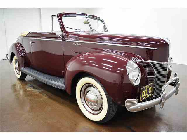 1940 Ford Deluxe   1040517