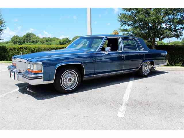1989 Cadillac Fleetwood | 1045235