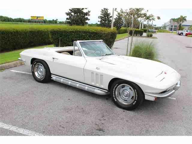 1965 Chevrolet Corvette | 1045245