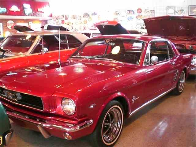 1966 Ford Mustang | 1040547