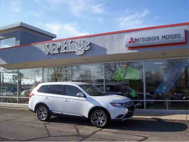Picture of '16 Outlander - MEPV