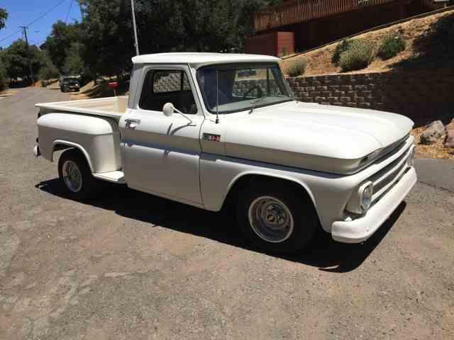 1965 Chevrolet Stepside | 1040561