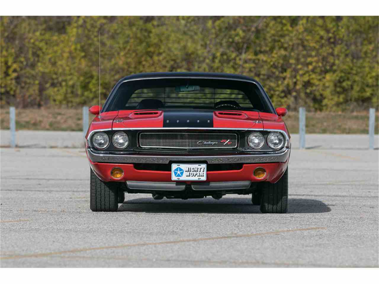 Large Picture of Classic 1970 Challenger R/T located in Missouri Offered by Fast Lane Classic Cars Inc. - MF41