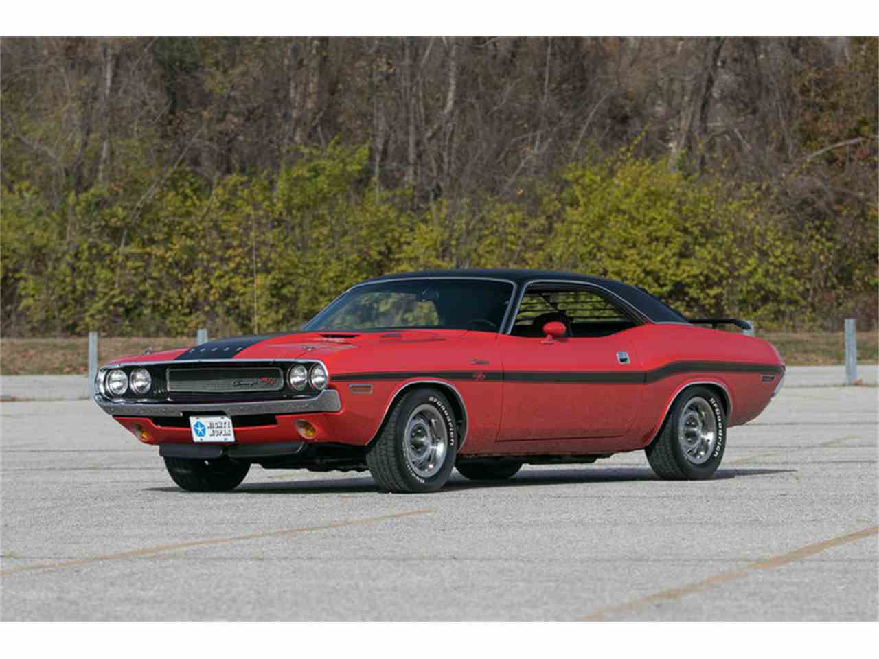 Large Picture of Classic 1970 Challenger R/T located in St. Charles Missouri Offered by Fast Lane Classic Cars Inc. - MF41